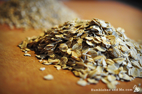 Whole grain rolled oats; see how they're round-ish, and the flakes are bigger than 5-minute or instant oats?
