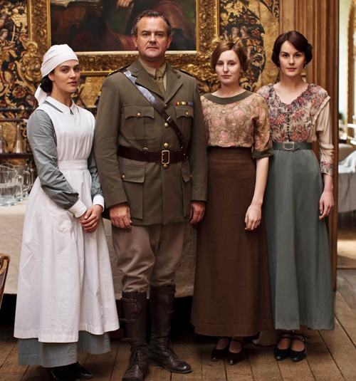 You can see that Downton Abbey adapted the skirtwaist & skirt look with some more modern tops. You could easily pair a longer maxi skirt (though a gored, fitted on would be better) with a belt and a nice top for a great and easy Edwardian look.
