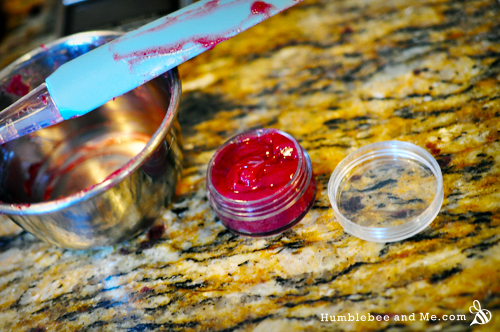 How to Make Beetroot Lip Gloss