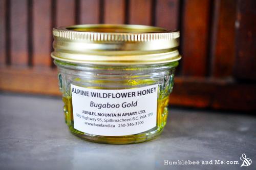 Ополаскиватель для волос с медом, лимоном и ромашкой