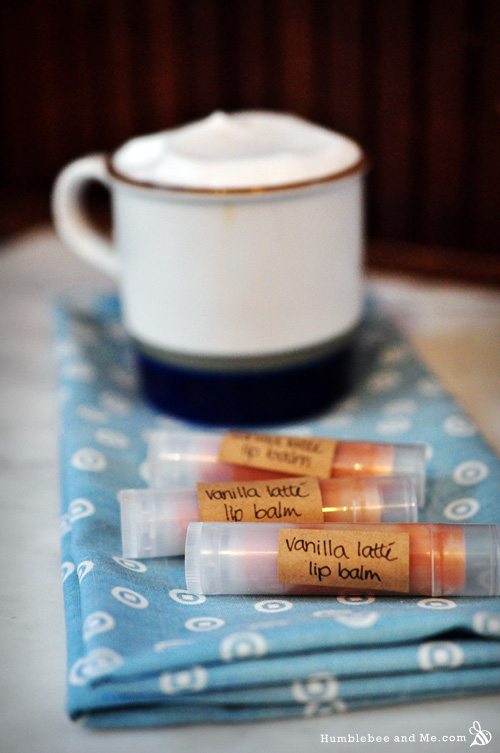 How to Make Vanilla Latte Swirl Lip Balm