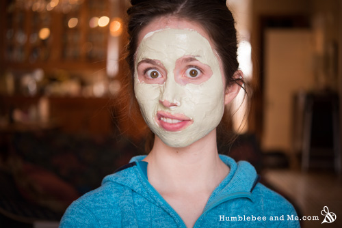 How to make a healing Moringa Face Mask