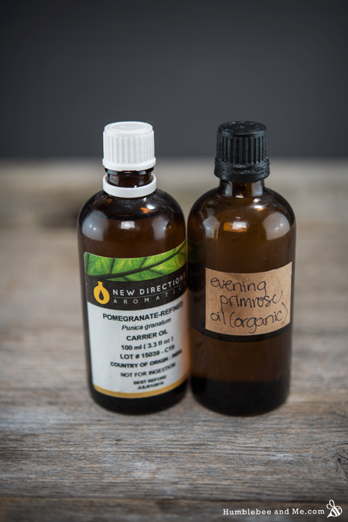 How to make lightweight, hydrating Pomegranate Primrose Summer Facial Serum
