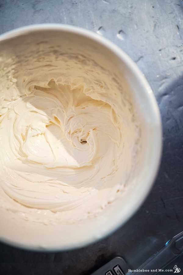 How to Make Whipped Pumpkin Spice Body Butter