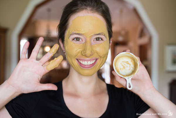 How to Make a Fuller's Earth Calming Lavender Face Mask