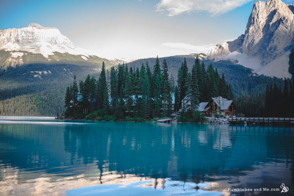 Emerald Lake Lodge in Yoho National Park