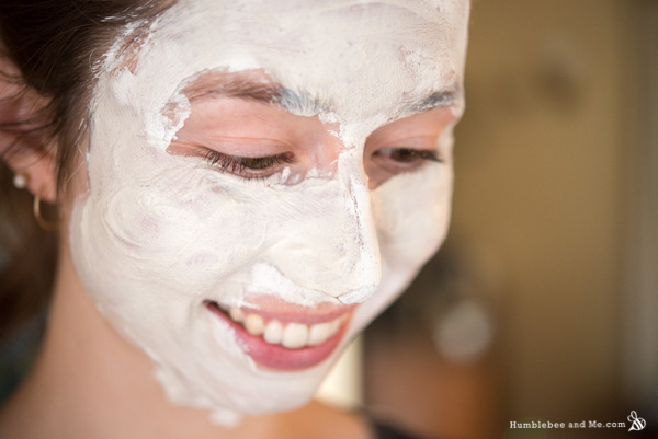 How to Make Snowflake Face Mask Mix