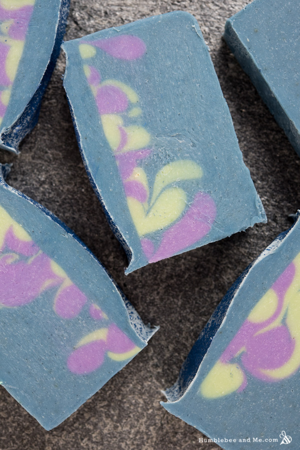 How to Make Aurora Borealis Soap