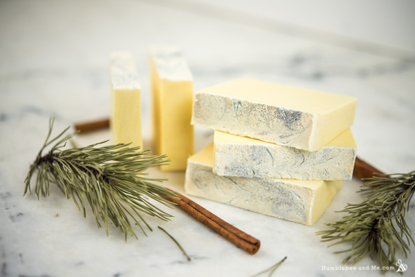 How to Make Winter Custard Soap