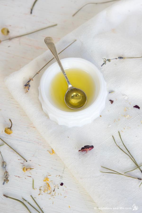 10 Recipes to Make With Jojoba Oil