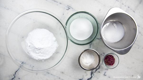 How to Make Vinolia Lemon Rose Bath Bombs
