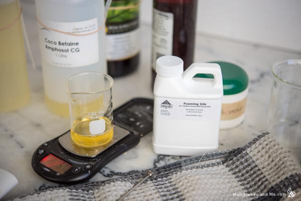 How to Make Lemon Rose Facial Cleansing Drops
