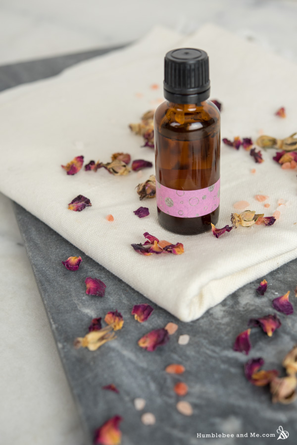 How to Make Lemon Rose Facial Cleansing Drops