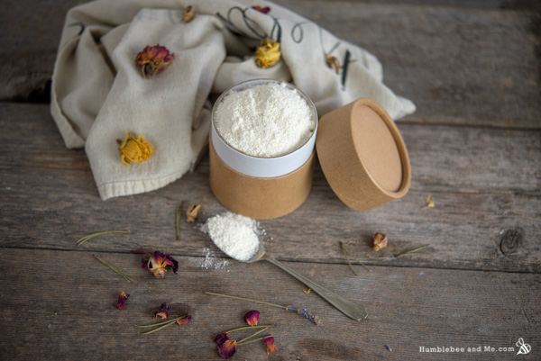 How to Make Foaming Coconut Bath Milk